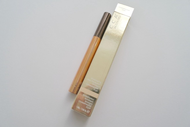 BECCA x Jaclyn Hill Shimmering Skin Perfector Slimlight